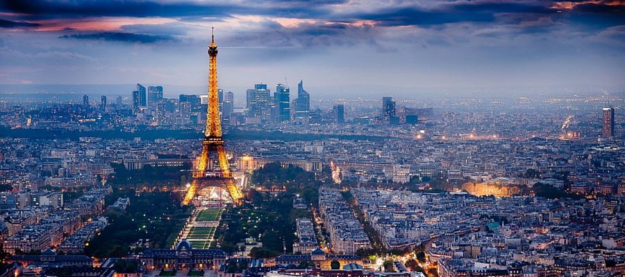 Eiffel-Tower-and-Paris-Skyline-at-Night