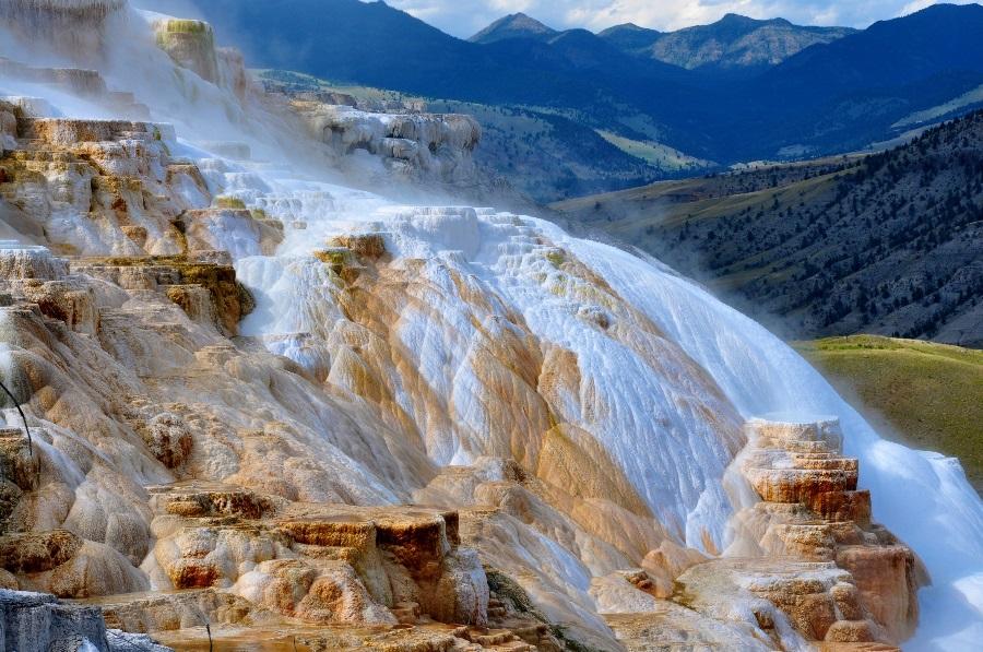 Scene-from-Yellowstone