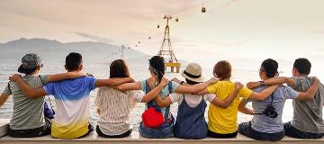 A-group-student-travelers-with-travel-insurance